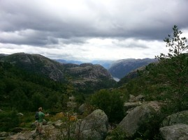 Wild camping Norway, hike to The Preikestolen
